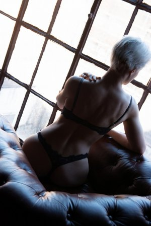 Emillienne escort girl in Bridgeton NJ