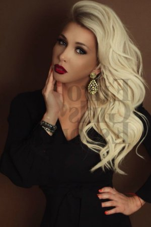 Ayse-nur escort girl in Augusta