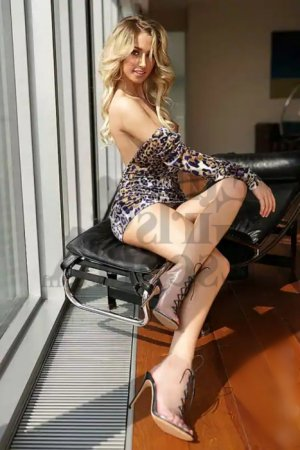 Maitane escorts in West Pensacola