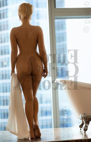 Yvanah escorts in Chowchilla