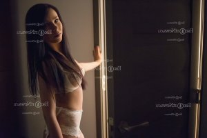 Eveline escort girl